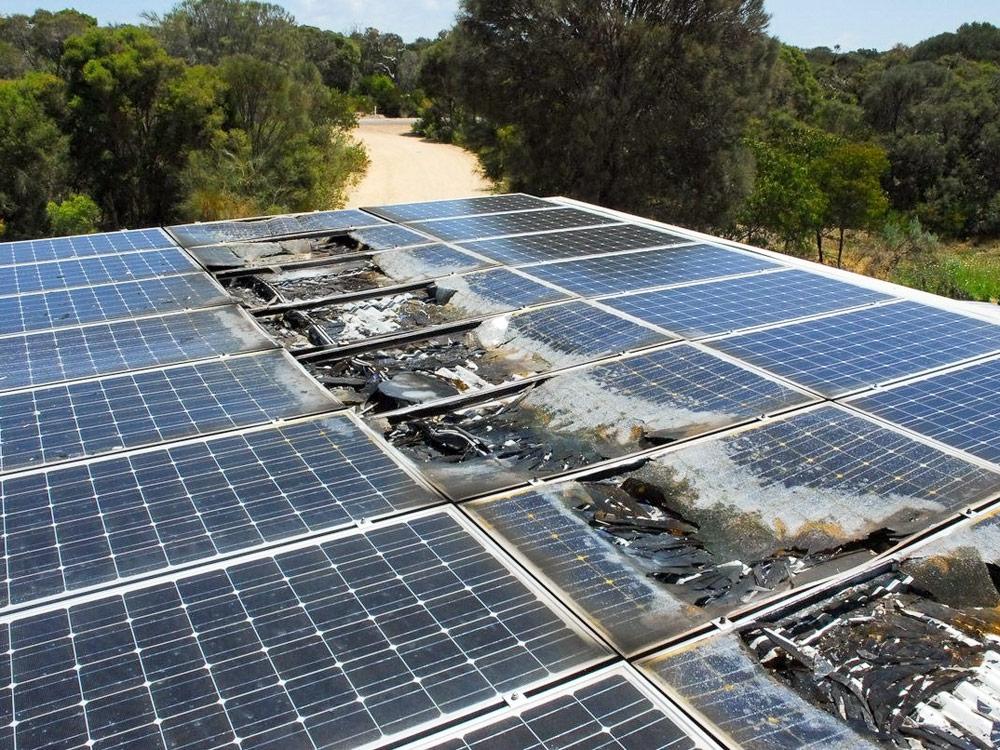 Pożary instalacji solarnych – awarie łuku DC